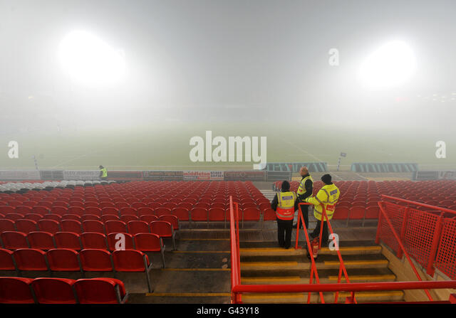 High Visability Jackets Stock Photos High Visability Jackets Stock Images Alamy