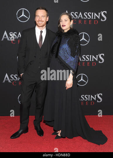 New York, USA. 13th December, 2016. Actress Marion Cotillard and Michael attends the 'Assassin's Creed' - Stock-Bilder