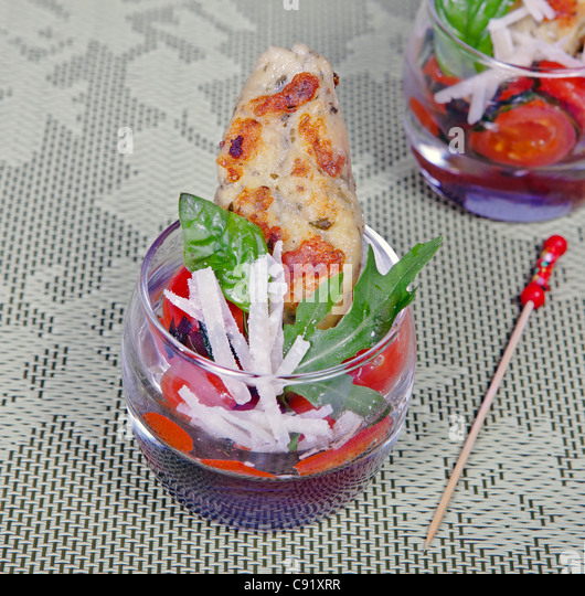 Amuse bouche stock photos amuse bouche stock images alamy for Canape aperitif froid