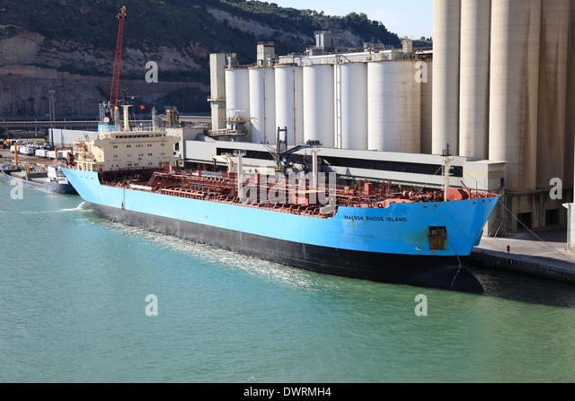 Maersk line stock photos maersk line stock images alamy for Triple e motors long beach ca