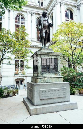 Benjamin Franklin statue boston old city hall - Stock Image