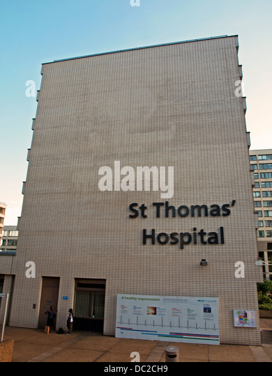 St Thomas' Hospital main pedestrian entrance on Westminster Bridge Road - Stock Image