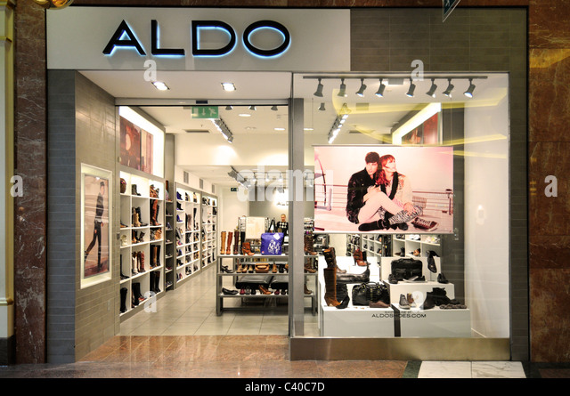 aldo shop front stock photos aldo shop front stock. Black Bedroom Furniture Sets. Home Design Ideas