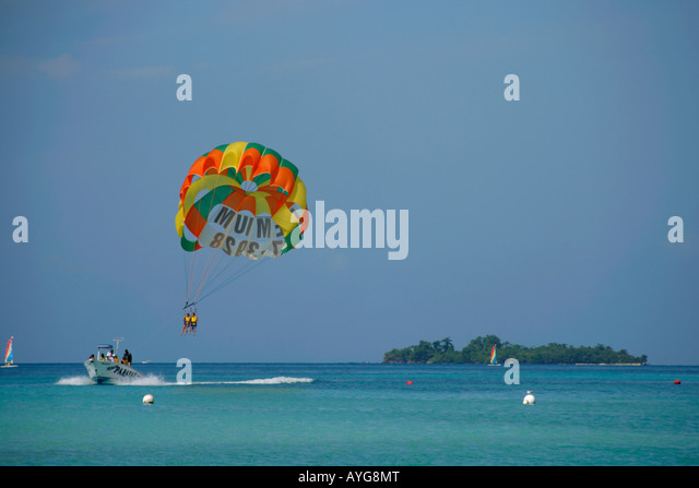 Jamaica Negril beach Parasailing boat - Stock Image