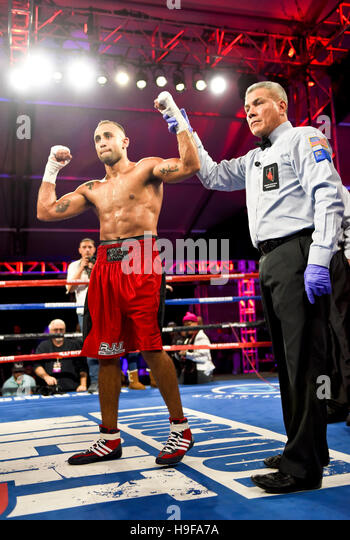 "Las Vegas, Nevada November 18, 2016 -  Shady Gamhour battles David De La Cruz at ""Knockout Night at the D"" - Stock Image"