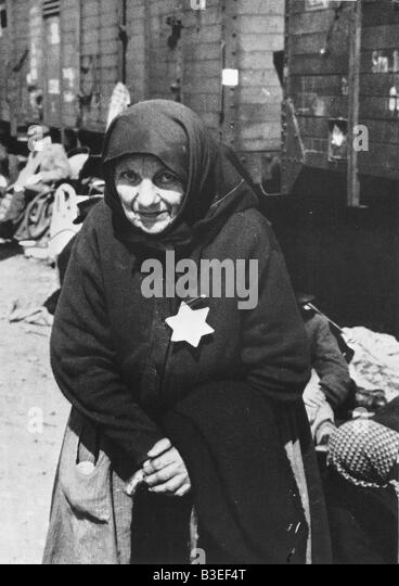 Old woman with Star of David badge / 40s - Stock Image