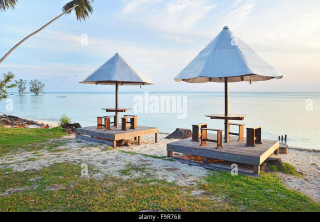 Hut on the beach in Biduk-Biduk village, Berau, East Borneo - Stock Image