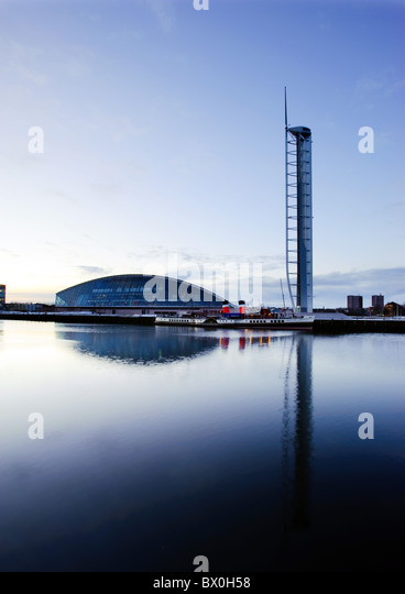 Glasgow Tower and Science Centre by the River Clyde, Glasgow, Scotland, UK. - Stock Image