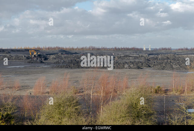 Colliery slag heaps being reworked. Rufford colliery, Nottinghamshire, England, uk - Stock Image