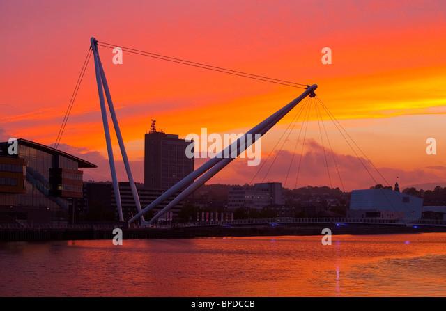 City Footbridge and River Usk Newport Gwent Wales at sunset - Stock-Bilder