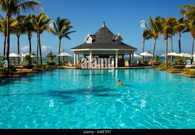 Reiseplanung stock photos reiseplanung stock images alamy for Swimming pool mauritius