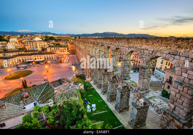 Segovia, Spain at the ancient Roman aqueduct. - Stock-Bilder