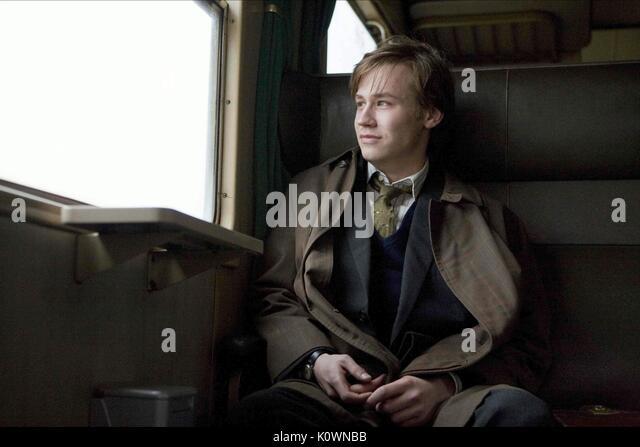 DAVID KROSS THE READER (2008) - Stock Image
