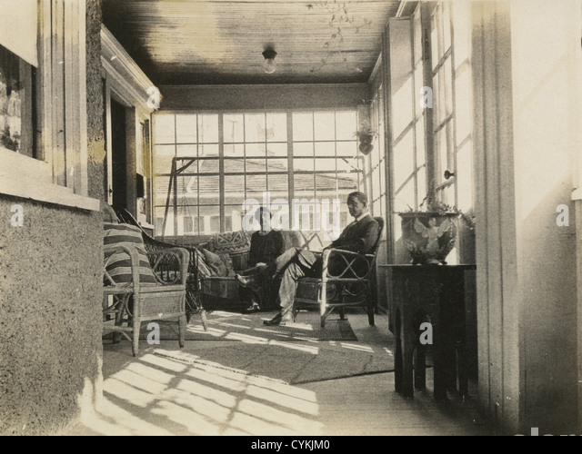 Circa 1900 photograph of a Victorian sunroom, New England, USA. - Stock Image