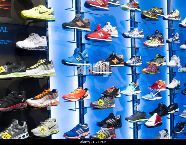 athletic footwear usa Tackle your workouts with confidence in performance running shoes and stylish clothes from new balance our athletic footwear goes the distance with you.
