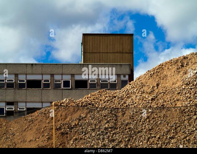 Old Concrete Buildings : Sutton in ashfield stock photos