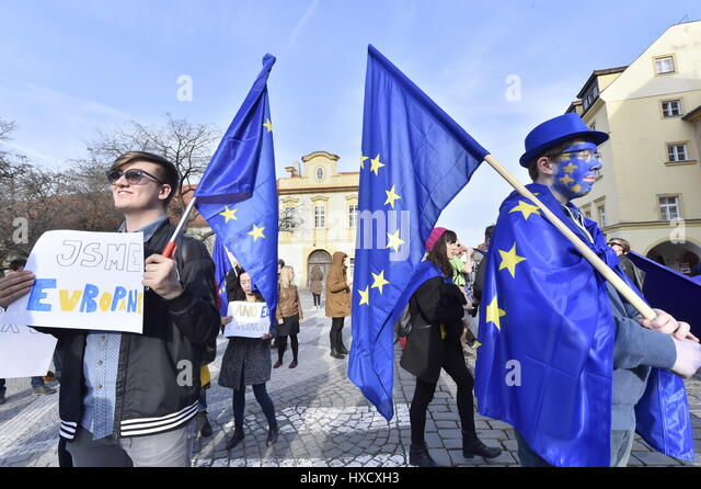 Prague, Czech Republic. 25th Mar, 2017. Some 100 supporters of the European Union took part in the March for Europe - Stock-Bilder