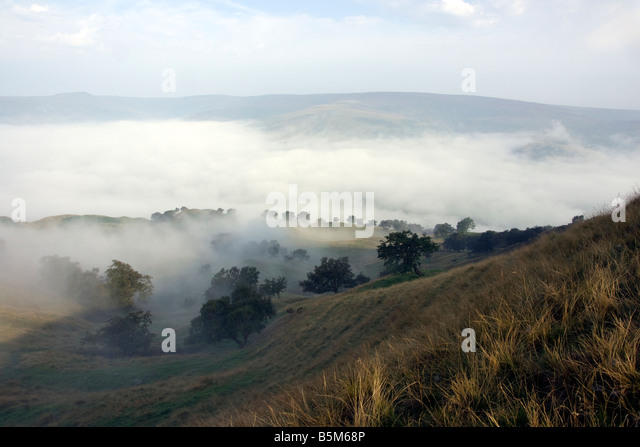 early morning landscape from the mam tor ridge looking towards the edale valley in the english peak district national - Stock Image