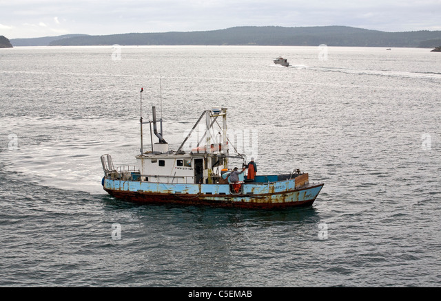 Crab fishing boat stock photos crab fishing boat stock for Fishing san juan islands