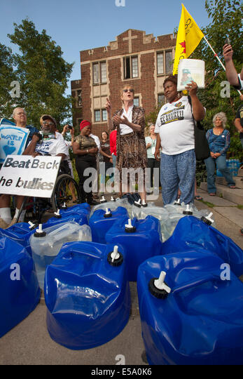 Detroit, Michigan USA - A delegation from Canada delivered water to Detroit as a protest against the city's - Stock Image