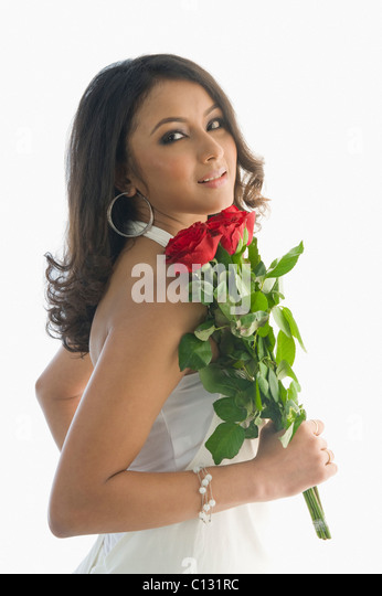hindu single women in bunch Indiancupid is a premier indian dating  we successfully bring together singles worldwide and have seen many happy men and women meet their soul mates on indiancupid.