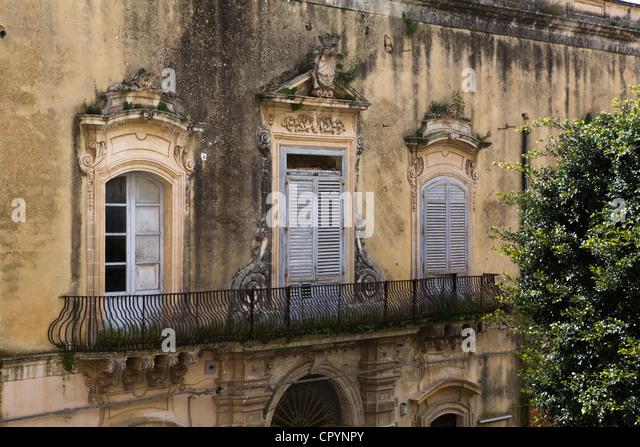 Baroque balcony, Noto, Sicily, Italy, Europe - Stock-Bilder