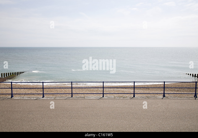 Horizon over sea and promenade - Stock Image