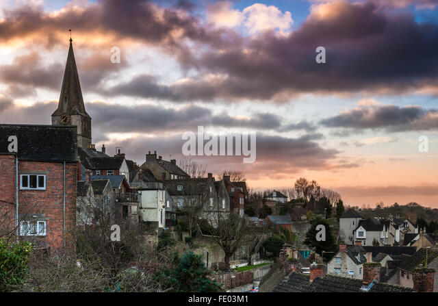 Malmesbury, Wiltshire, UK. 03rd Feb, 2016. After a cold night the clouds gather over the Wiltshire hillside town - Stock Image