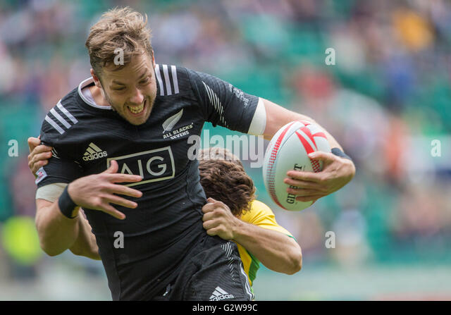 London, Great Britain. 21st May, 2016. Tim Mikkelson (New Zealand) in action during the HSBC London Sevens rugby - Stock-Bilder