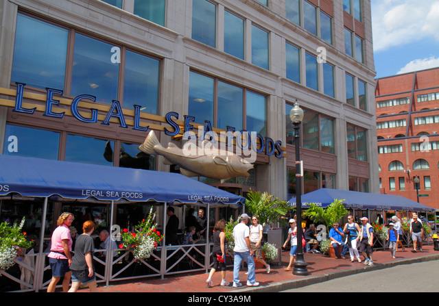 Boston Massachusetts Atlantic Avenue Legal Sea Foods restaurant seafood front entrance alfresco dining - Stock Image