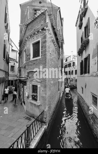 The Venetian lanes, Roads and canals in everyday life, Italy - Stock-Bilder