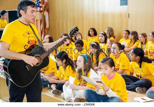 Miami Beach Miami Florida Beach Public Library Miami Children's Chorus community sing-along sing along choir - Stock Image