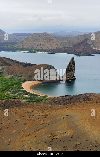 Sullivan Bay and Pinnacle Rock, Bartolom Island, Galapagos Islands, Ecuador, South America - Stock-Bilder
