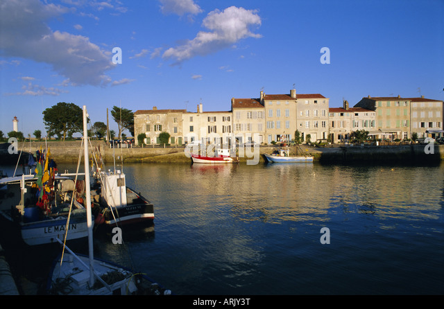The harbour and Quai Clemenceau (Clemenceau Quay), Saint Clement (St. Clement) village, Ile de Re, Charente Maritime, - Stock Image