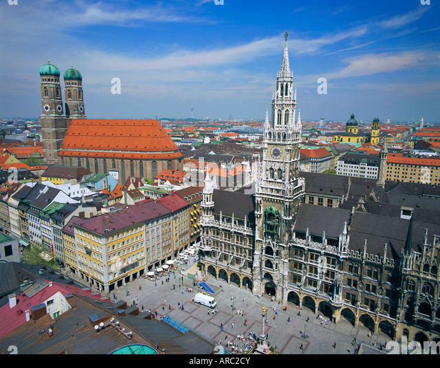 The Town Hall in Marienplatz, Munich, Bavaria, Germany, Europe - Stock Image