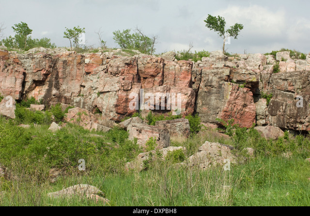 Outcropping of Sioux quartzite, Pipestone National Monument, Minnesota. - Stock Image