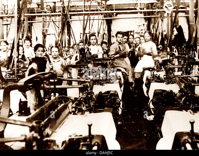 Textile workers Victorian period - Stock Image