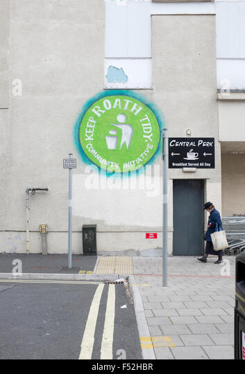 Keep Roath Tidy Community Initiative Mural off Albany Road Cardiff - Stock Image