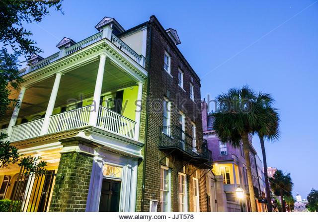 South Carolina Charleston SC Historic Downtown Charleston single house architecture piazza porch - Stock Image