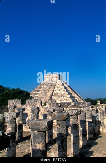 Chichen Itza maya ruins Mexico Group of a Thousand Columns castle pyramid in background mayan yucatan mexico - Stock Image