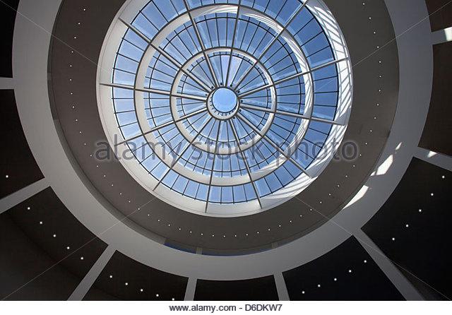 Pinakothek der Moderne Interior Museum Munich - Stock-Bilder