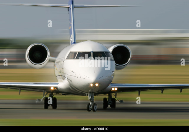 Business jet Bombardier Aerospace Corp. Canadair CL-600-2B16 Challenger 604 - Stock Image