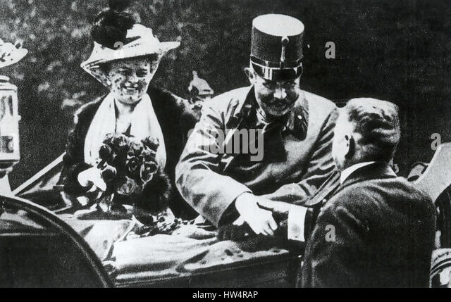 ARCHDUKE FRANZ FERDINAND and his wife Sofie in Sarajevo on the day they were assassinated 28 June 1914 - Stock-Bilder