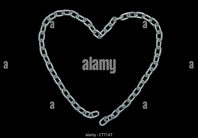 heart shaped chain with disconnected links (unrequited love), isolated on black - Stock Image