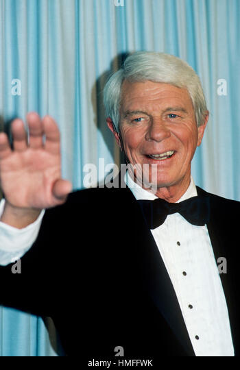Peter Graves photographed at the 1985 Emmy Awards in September of 1985 in Los Angeles, California. - Stock-Bilder