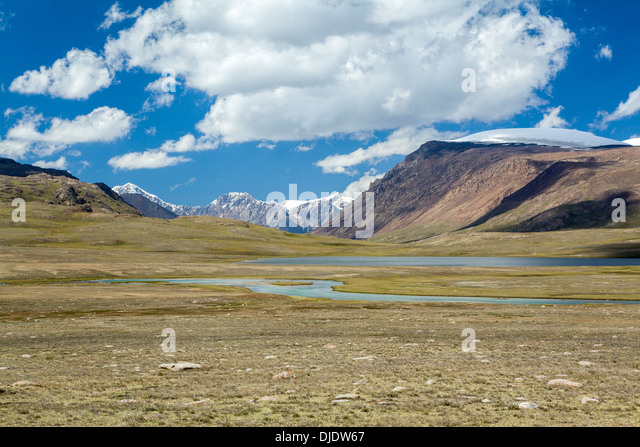 Arabel-Suu river and lake. Kyrgyzstan - Stock-Bilder