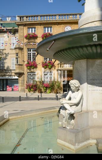 Foyer Lion Salon De Provence : Salon de provence city stock photos
