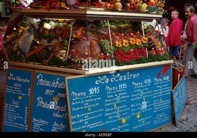 Belgium Brussels Ilot Sacre rue des Bouchers Le Lautrec restaurant food display - Stock Image