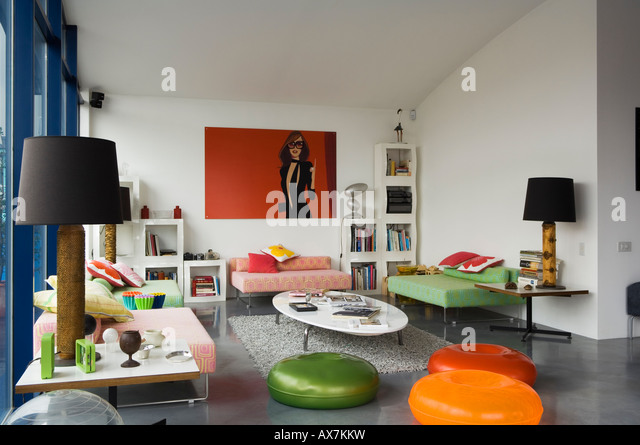 Living area in contemporary rooftop apartment, London - Stock-Bilder
