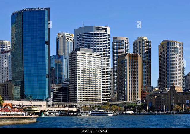 how to get from circular quay to king street wharf